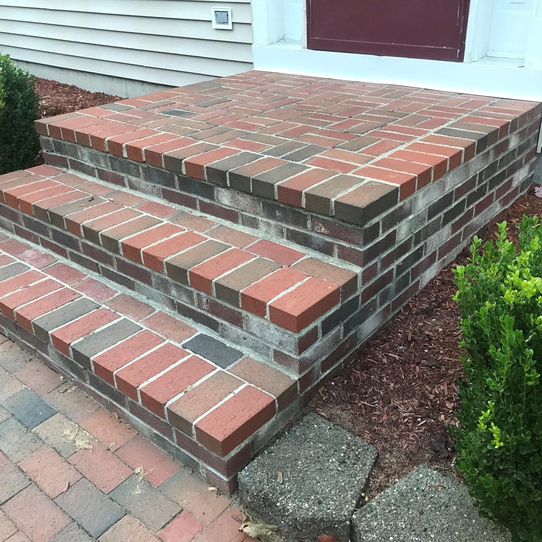 Brick Stoop Masonry Service in New Hampshire