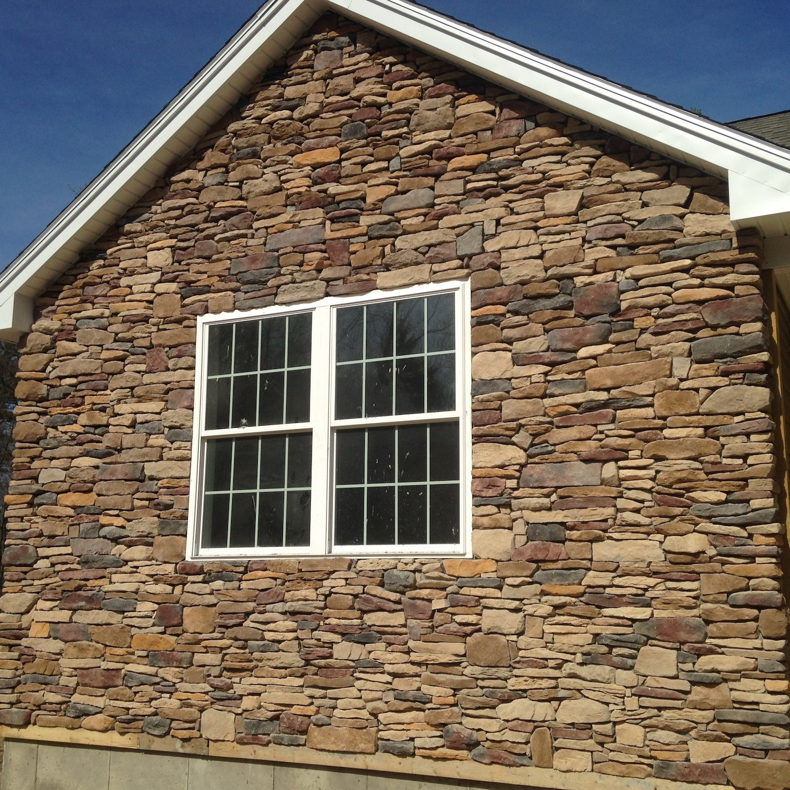 House siding stone veneer in Greenville New Hampshire
